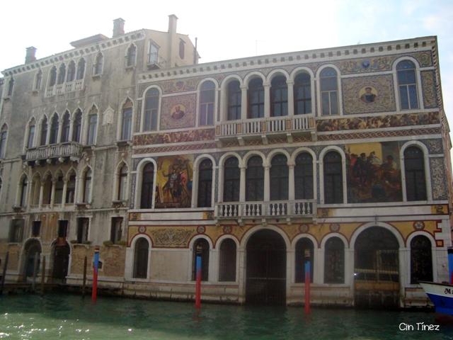 Precioso edificio desde el Gran Canal