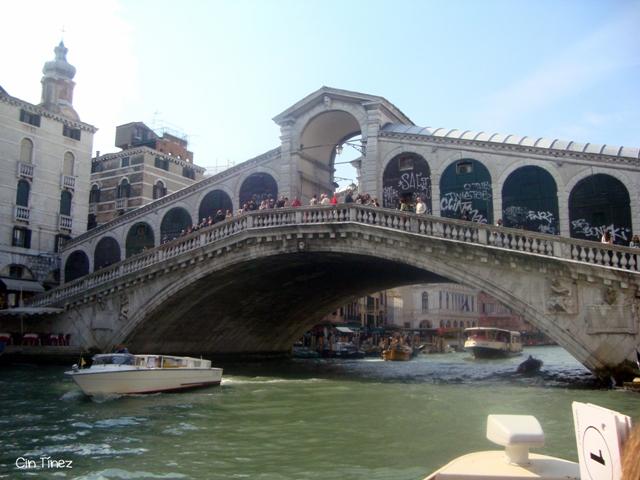 Puente Rialto desde el Gran Canal