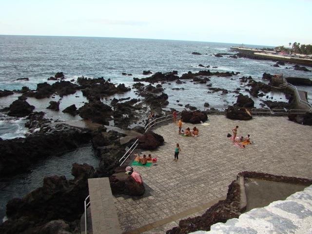 2. Playa Puerto de la Cruz