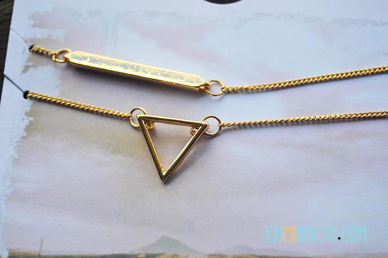 detalle collar y pedientes dorados primark2