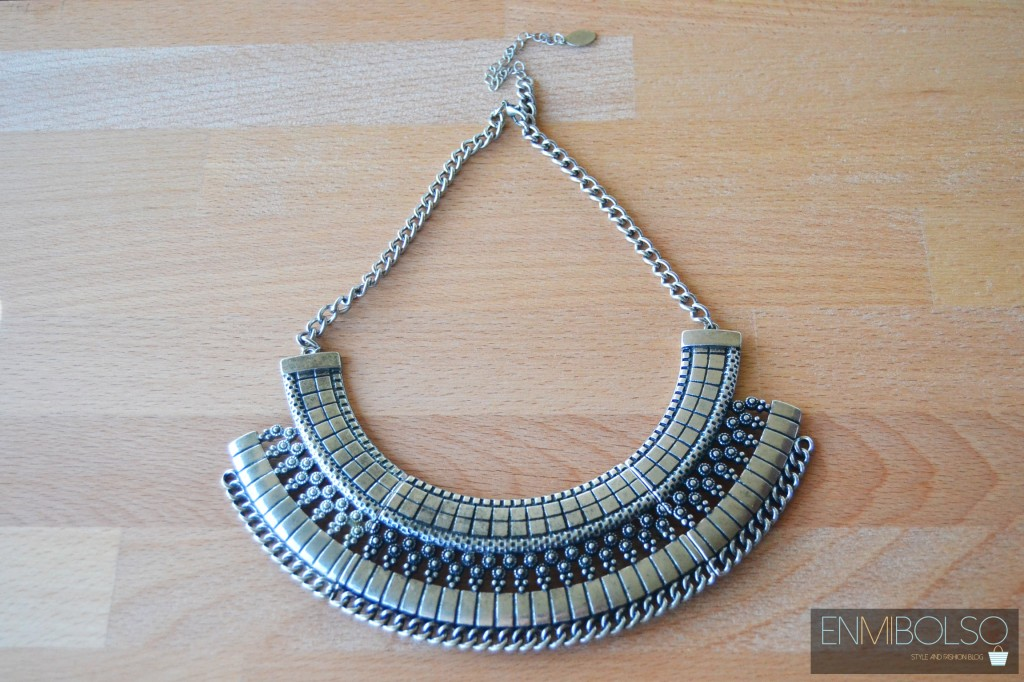 collar plateado primark
