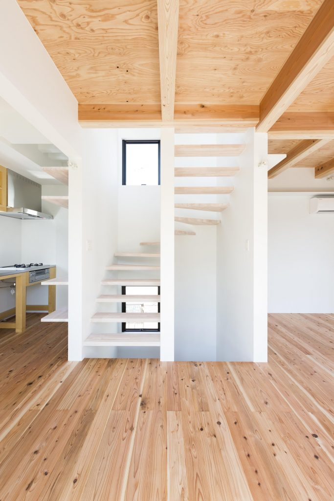 escalera abierta27